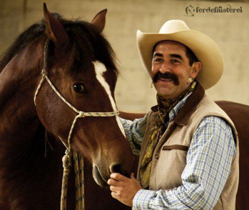 Alfonso Aguilar mit Jungpferd 2