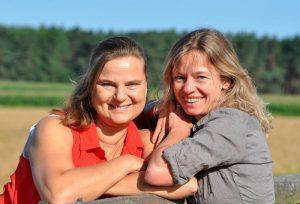 Babette und Tania - Wege zum Pferd
