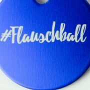 Soulhorse Tag Flauschball SH-AHFBK nah