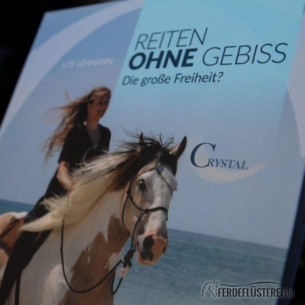 Crystal Verlag Buch Wissen Pferde Reiten ohne Gebiss Cover nah