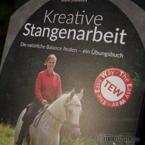 Crystal Verlag Buch Wissen Pferde kreative Stangenarbeit Cover nah
