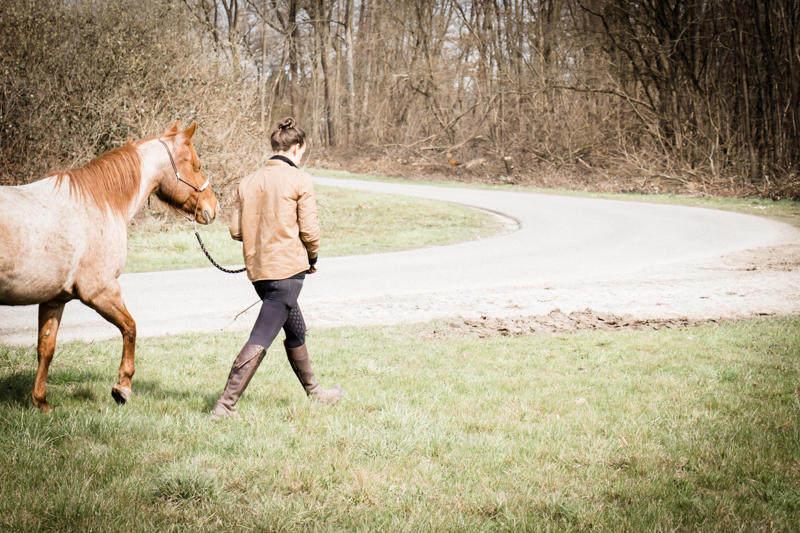 Petra geht mit Carey spazieren